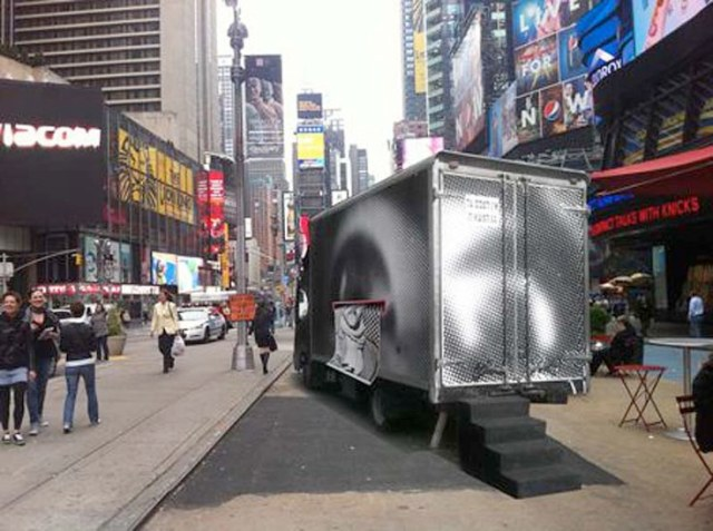 inside-out-project-in-times-square_nyc_jr_streetart_truck_collabcubed