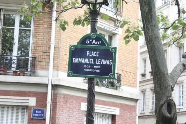 Emmanuel_levinas8