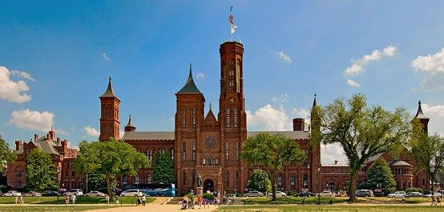 Smithsonian-Castle_8100
