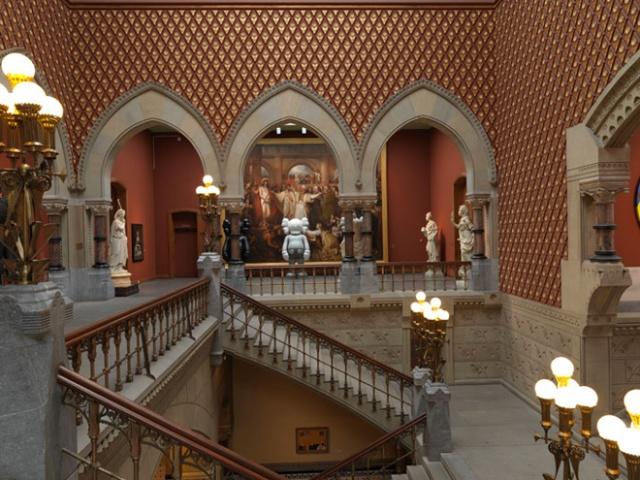 10-kawspafa-kaws-solo-exhibition-at-pennsylvania-academy-of-fine-arts