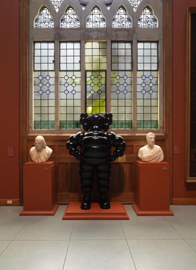 3-kawspafa-kaws-solo-exhibition-at-pennsylvania-academy-of-fine-arts
