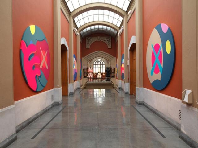 9-kawspafa-kaws-solo-exhibition-at-pennsylvania-academy-of-fine-arts