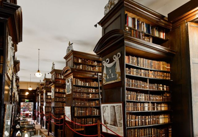Marshs-Library-51
