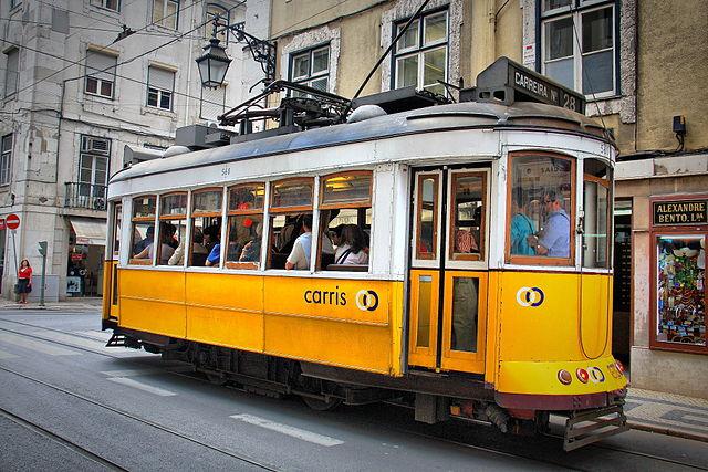 640px-Tram_28;_Lisbon_(5282021178)