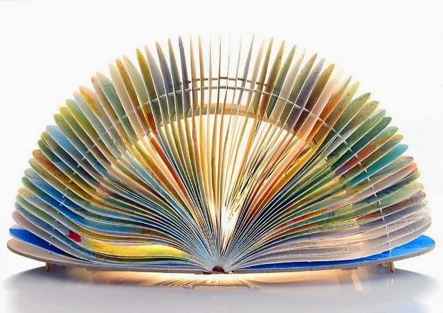 book lamp3