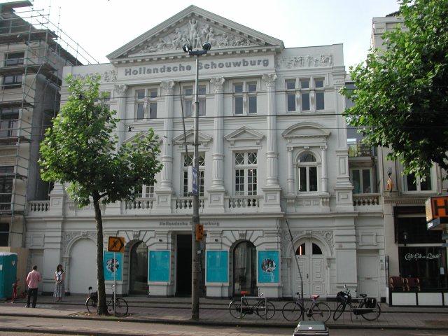 Hollandse_Schouwburg_(Amsterdam)