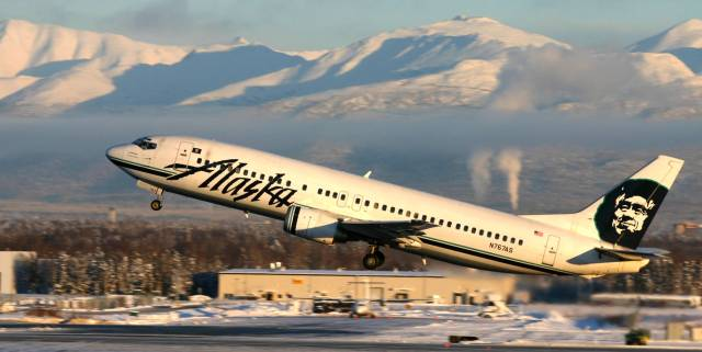 Alaska_Airlines,_N767AS