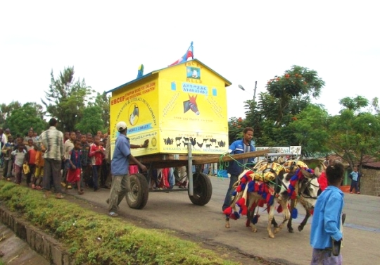 Donkey-Mobile-Libraries-540x376