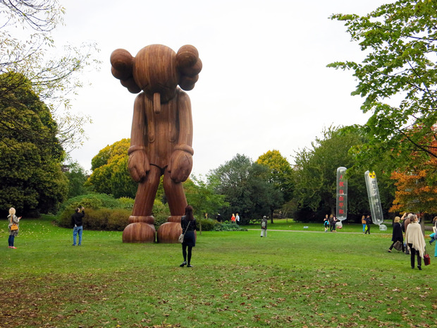 frieze-london-2014-kaws-thumb-620x465-92480