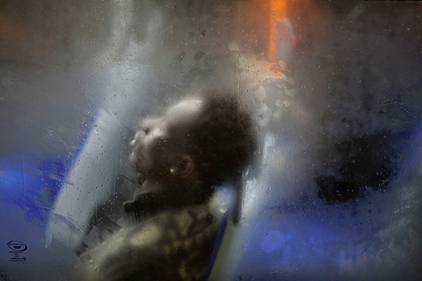 Now we see through a glass darkly travel between the pages london based photographer nick turpin transforms images of boring london bus rides into poignant and compelling portraits the uncanny synthesis of foggy fandeluxe Image collections