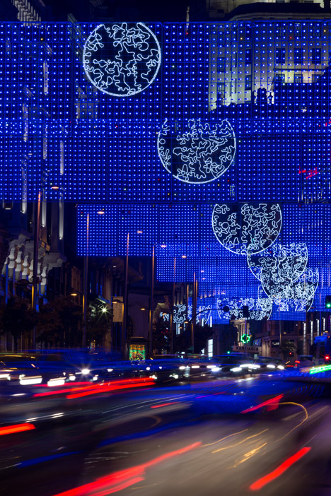 Moon-Madrid-Christmas-Lights-by-Brut-Deluxe_dezeen_468_1