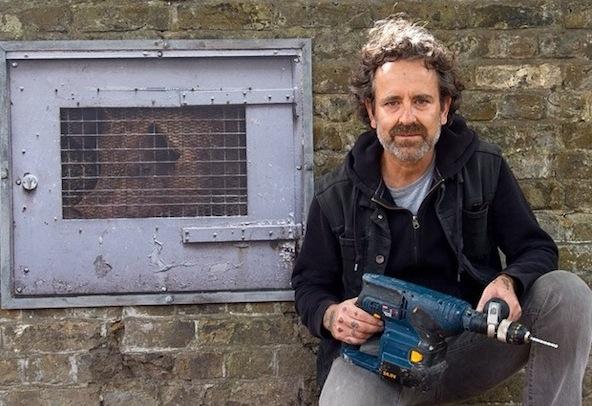Dan-Witz-Empty-the-Cages-London-2014-PETA-UK-By-Ben-Pruchnie