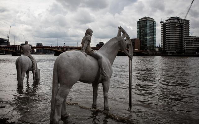 Four-Horsemen-of-the-Apocalypse-Jason-deCaires-Taylor_Sculpture_its-nice-that-1