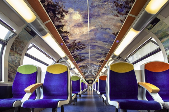 impressionist-art-public-trains-france-designboom-06