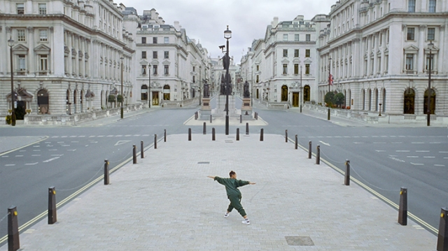 grey_london_move_closer_its_nice_that_5