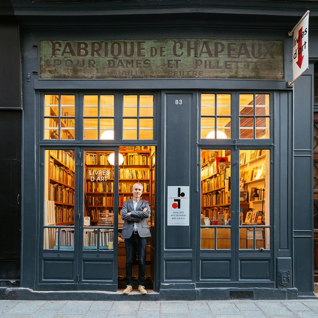 paris-re-tale-pixartprinting-shop-signs-sebastian-erras-designboom-013