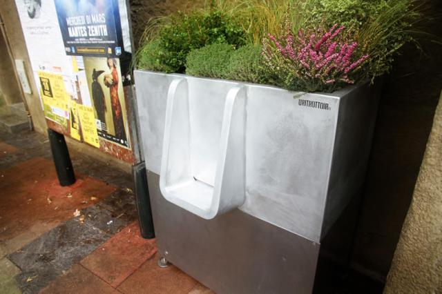 3067897-slide-3-paris-solution-to-public-urination-turning-pee-into-compost