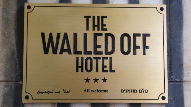 170303140459-banksy-hotel-bethlehem-4-super-169
